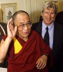 Gere in Bodh Gaya to attend Dalai Lama's discourse