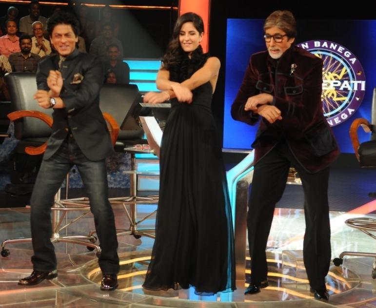 Big B, SRK groove the Gangnam way