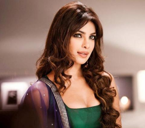 Priyanka Chopra discharged from hospital after sustaining injury on set of 'Quantico'