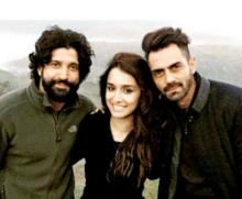 Farhan -Arjun wrap up `Rock On 2` shoot with selfie