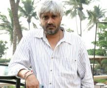 Vikram Bhatt-KRK legal-war turns into Twitter-feud