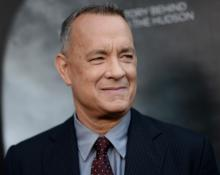 Tom Hanks reenacts 'controversial' Bill Murray photo on 'The Graham Norton Show'