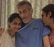 Vinod Khanna's 'pale' hospital pic goes viral