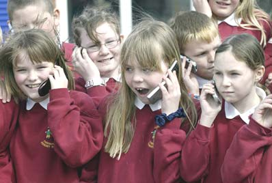Mobile Phones 'A Health Risk' for Kids
