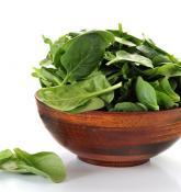 Dear men, eating spinach, pumpkin seeds, yogurt can prevent hip fractures