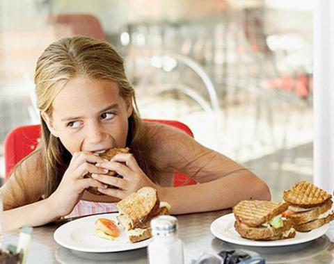 Emotional eater? Your parents are to be blamed