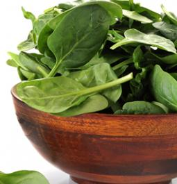 Dear men, eating spinach, pumpkin seeds, yogurt can prevent hip fractures
