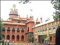 Madras HC orders removal of AIDS awareness posters