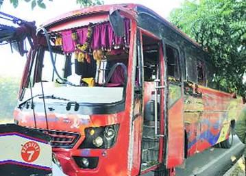 TSRTC arranges 3000 special service buses on Sankranti festival
