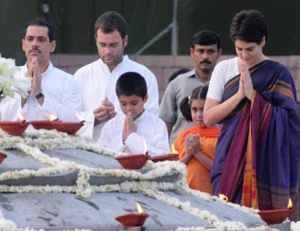 Nation remembers Rajiv Gandhi on 25th death anniversary