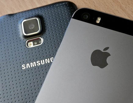 Samsung beat Apple in smartphone shipments amid positive results