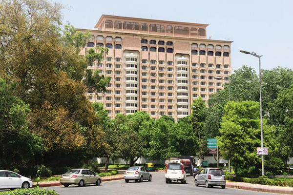 Taj Mansingh Hotel auction: SC to hear plea today