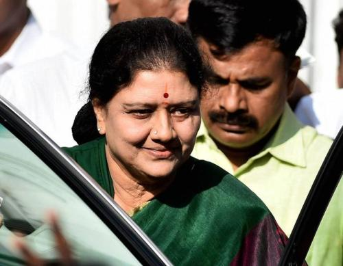 KTS Tulsi supports SC over refusal to hear PIL on Sasikala