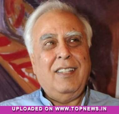 Operators must focus on data for revenue: Sibal