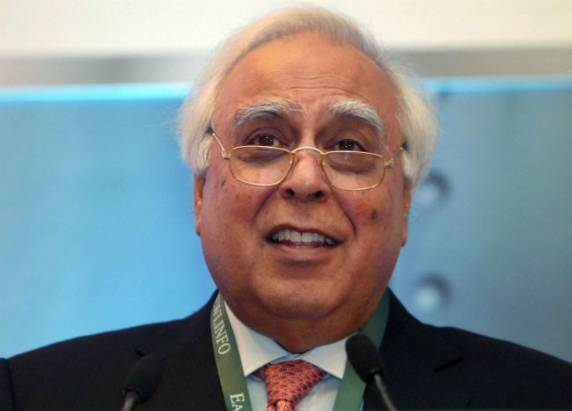 Sibal launches much-hyped optical fibre scheme
