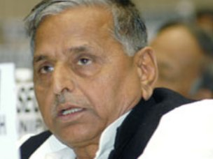 Mulayam spoke against FDI, but was absent during vote