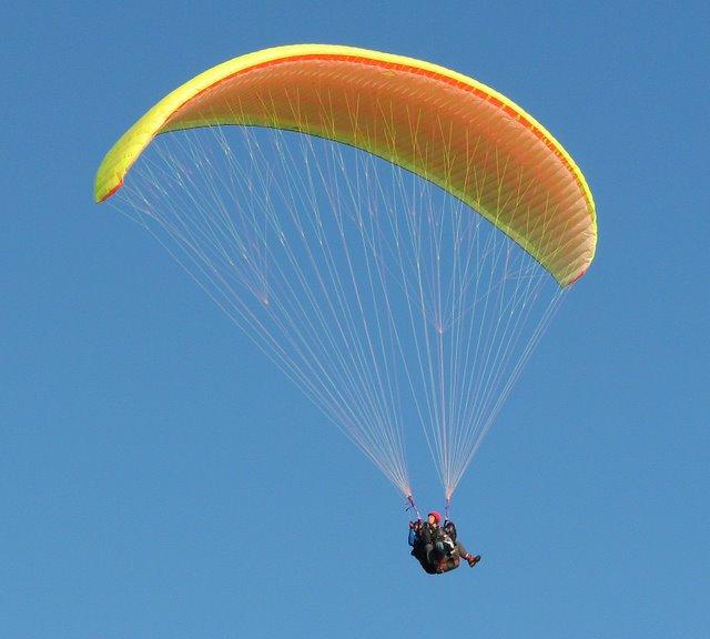 paragliding-diplomat.jpg