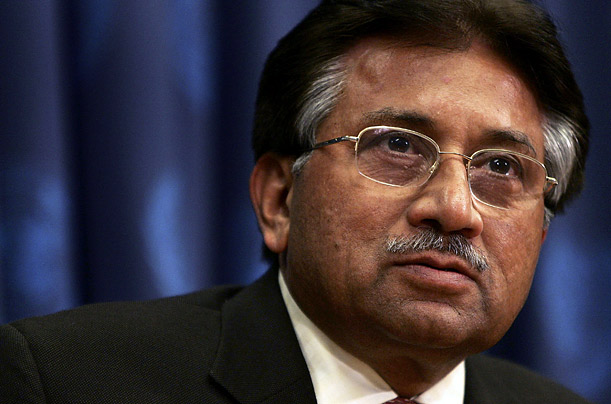 Musharraf contemplating return to Pak ''to test political waters'' during caretaker setup