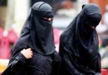 China bans burqas, abnormal beards in Muslim province of Xinjiang