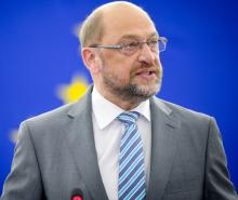 Martin Schulz elected leader to challenge Merkel in national election