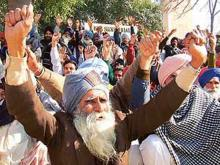 Sikhs plan protest over omission of their religion in Pak census