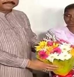 Odisha: Dharmendra Pradhan felicitates Adivasi girl for passing matriculation