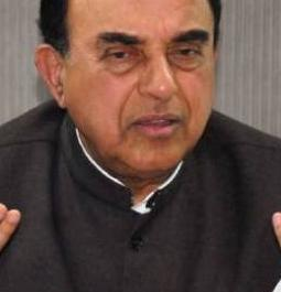 Can't link Dinakaran's bribery case with EC: Swamy