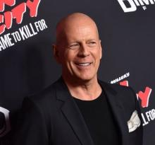 Bruce Willis, Mary-Louise Parker set to announce nominations at 2015 Tony Awards