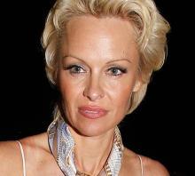 Pamela Anderson banned from Sam Simon's funeral?
