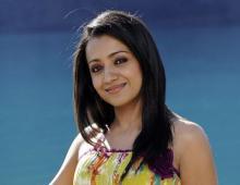 Trisha still front-runner for 'Queen' Tamil remake