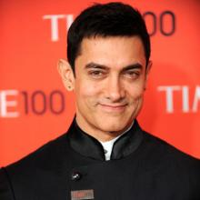 Piano classes! Aamir gives lessons to 'Dangal' daughters