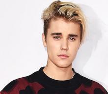Justin Bieber's mom to accompany him on India Purpose Tour?