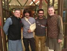 SRK, Aamir have a 'Khantastic' Saturday night