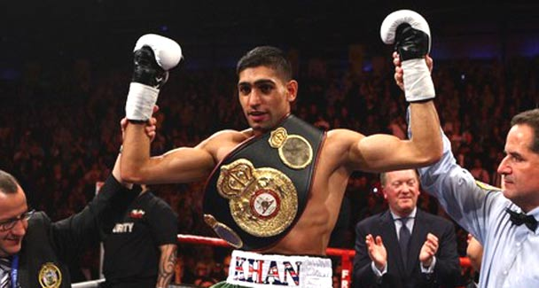 De La Hoya insists Brit boxer Khan can join him in Hall of Fame