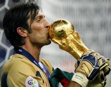 Gianluigi Buffon best goalkeeper