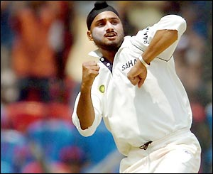 Bhajji has been recalled in the squad. Courtesy: topnews
