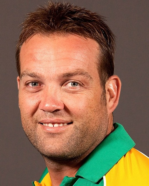 Kallis lives in Sobers'' shadow'