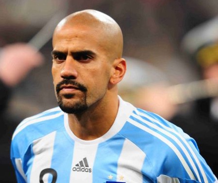 Veron to play in Argentina's fifth division