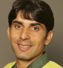 Misbah has 'best cricket brain' in Pak: Lawson