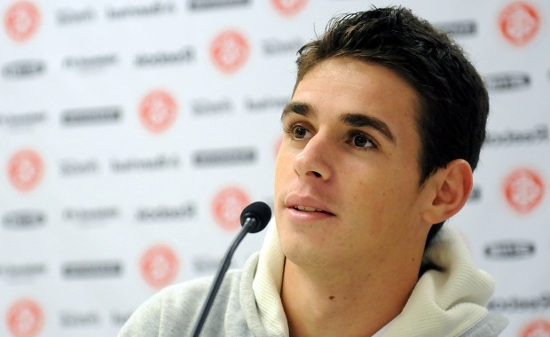 Chelsea new boy Oscar says would play anywhere boss Di Matteo wants
