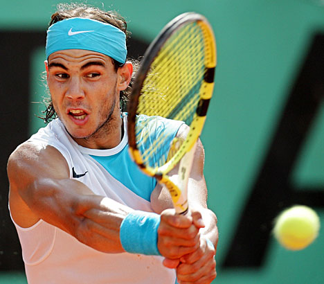 Knee problem forces Nadal to withdraw from Barcelona Open