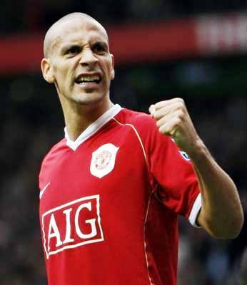 Ferdinand presents wife, sons with garden gnome with his own face  painted on it