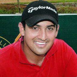 Shiv Kapur  shoots one-over, Chowrasia further down