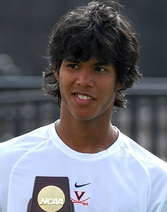 Crackers, sweets in Tripura as Somdev scripts history at Games ...