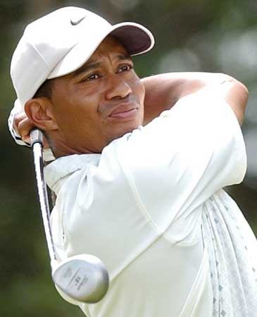 Tiger Woods takes blame for car smash