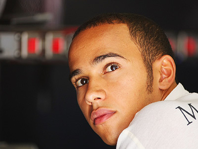 http://www.topnews.in/sports/files/lewis-hamilton.jpg