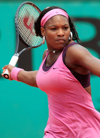 Serena Williams continues to top women's tennis rankings