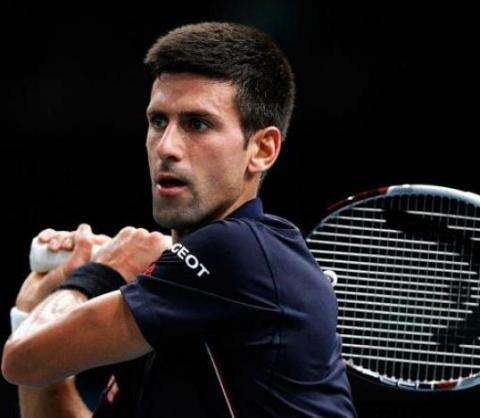 Djokovic sets up Australian Open semifinal showdown with Federer