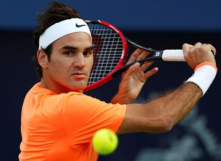 `Fit-again` Federer trolls Murray at ATP event
