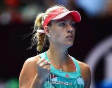 Kerber advances at Miami Open